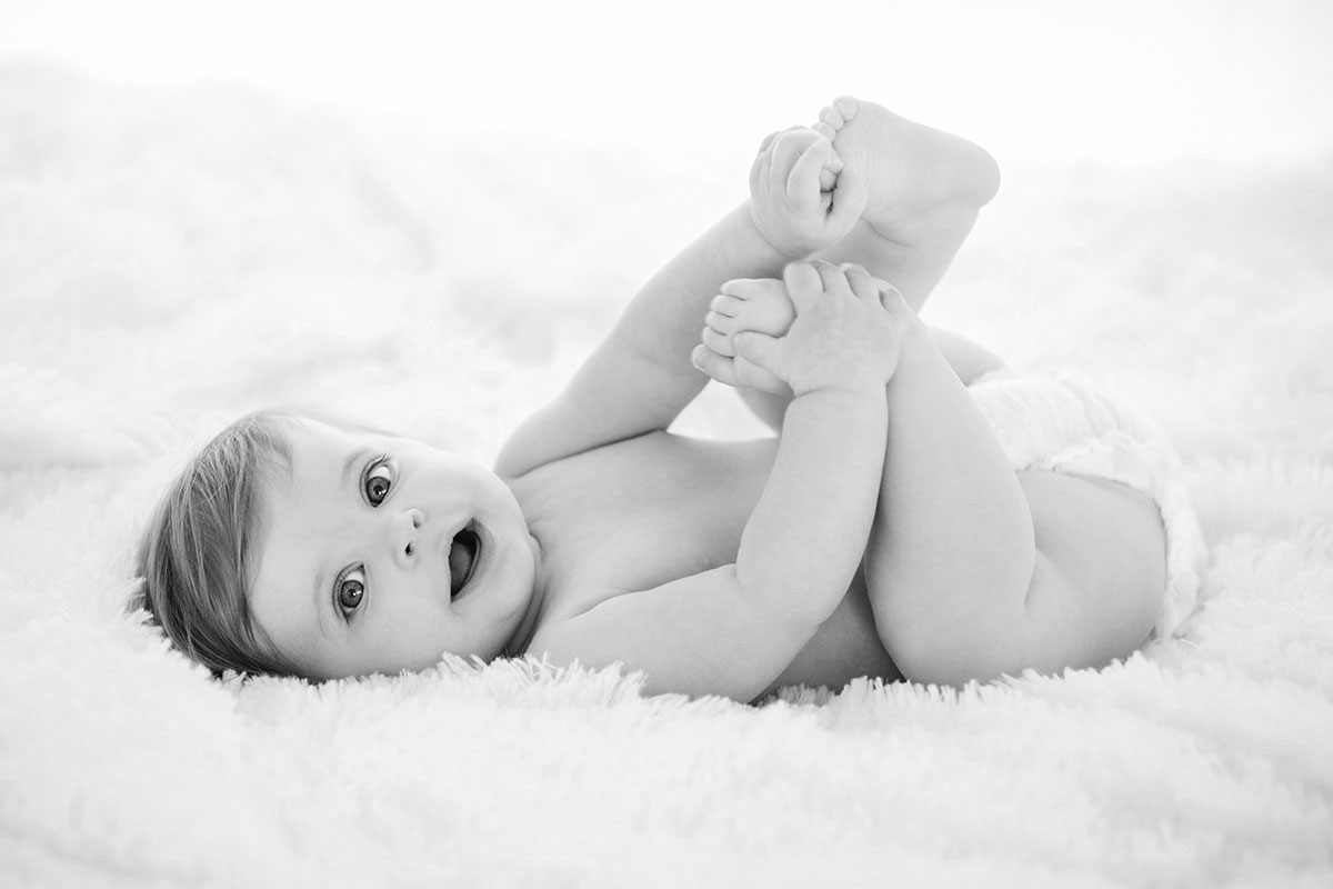 black and white baby photo by Maggie Rife Ponce.