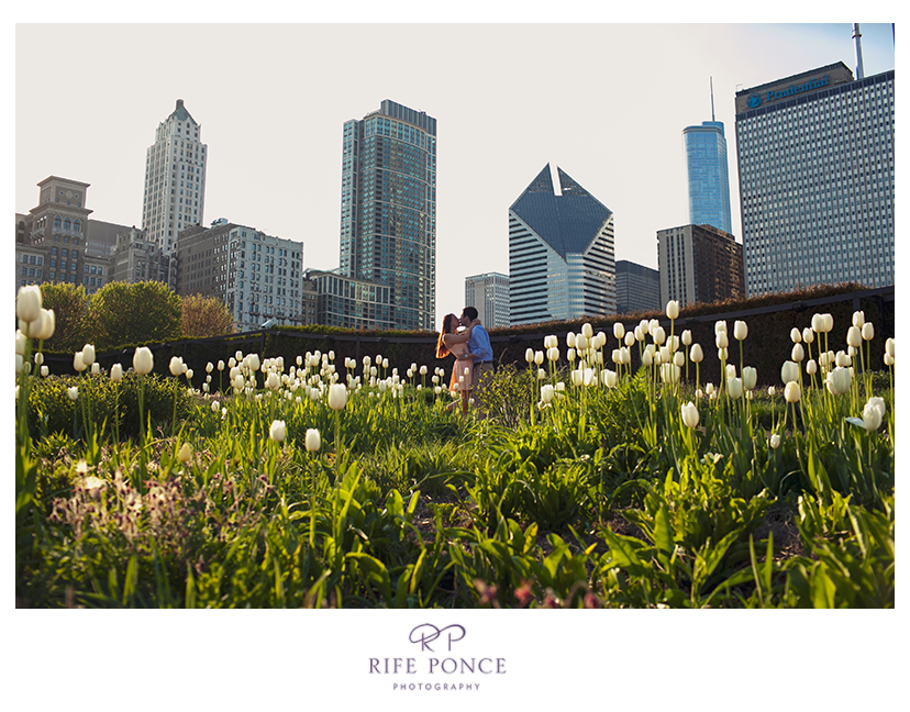 Tova and Jason's downtown Chicago engagement session