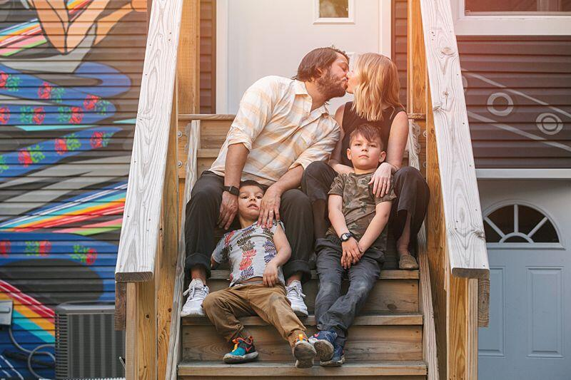 "Front Porch Photography: ""Porchraits"" Captured Moments of People and Their Families"